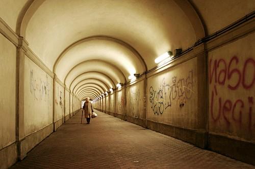 woman underground donna tunnel genoa genova