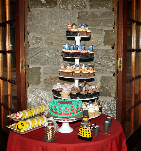 Sci-fi cupcakes, dalek toppers and busken cookies