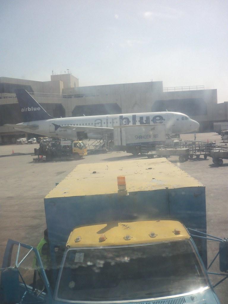 AP-EDA A320 AIRBLUE