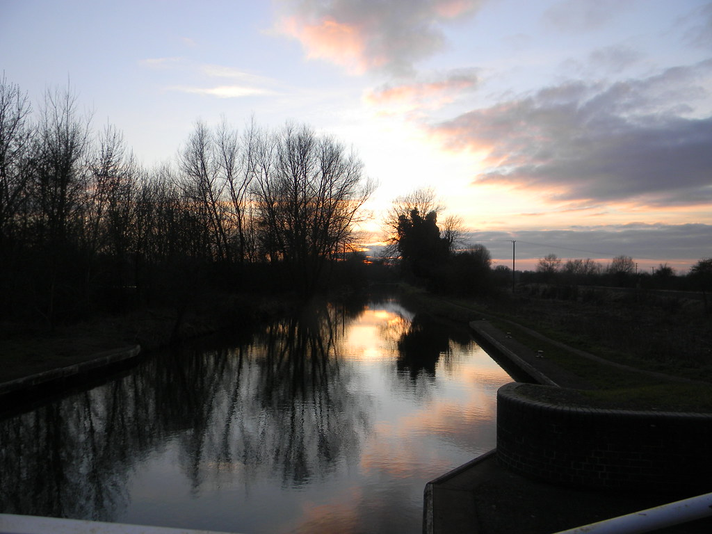 Sunset over the canal Aldermaston to Woolhampton. Kennet & Avon