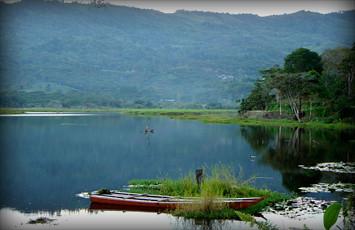 laguna1-de-huacarpay-cusco-peru