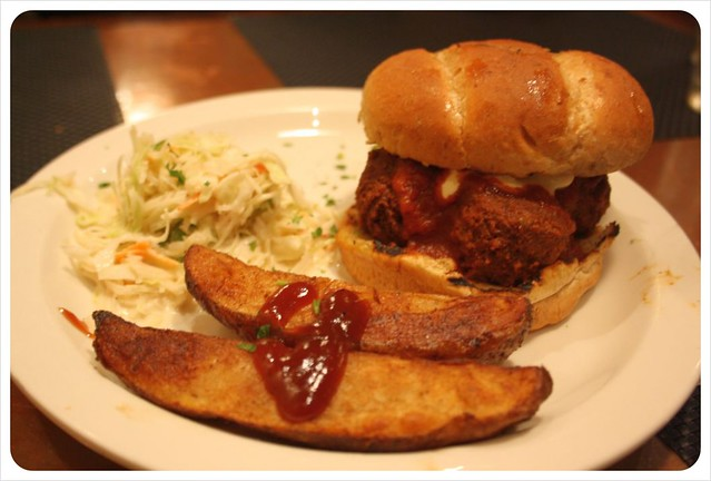 karens vegan meatball burger