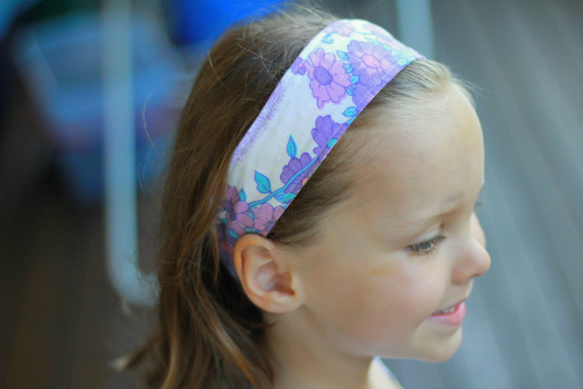 Easy reversible headband