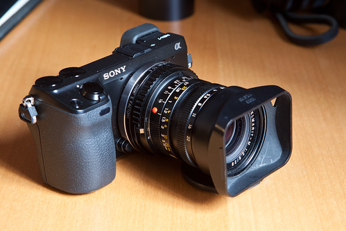 6831975113 c46017ba47 Adaptador helicoidal de Leica M a Sony NEX y Focus Peaking
