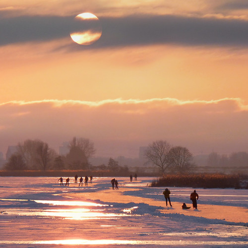 Waterlanders dreaming of taking part in an Elfstedentocht by B℮n