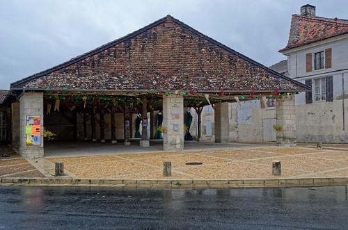 Halle - La Tour Blanche - Dordogne