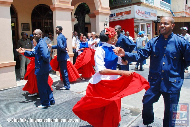 Bailando Merengue en Santo Domingo