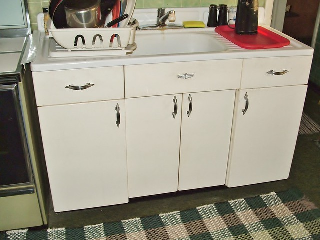 Youngstown metal sink lower cabinets by mullens 2011 for Kitchen cabinets youngstown ohio