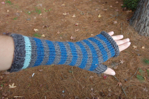 arm warmer blue