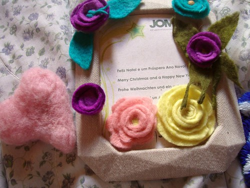 porta retrato de papel reciclado flores by donabaratinha
