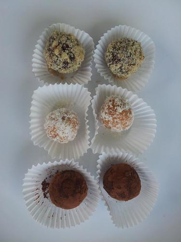 kuličky - kokosové, ořechové a punčové