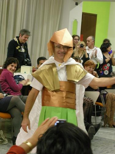 Paper fashion