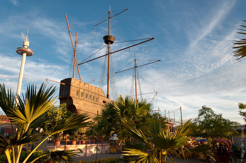 Реплика голандского корабля