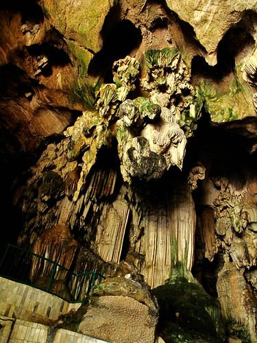 IMG_0437 limestone( stalactite) ,Kek Look Tong,Ipoh . 石灰岩 - 怡保极乐洞