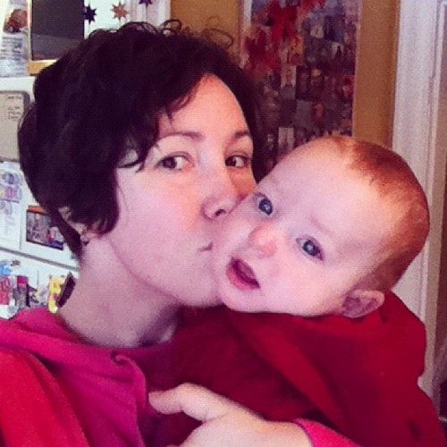 #hourlyphoto 11am: Christmas kisses