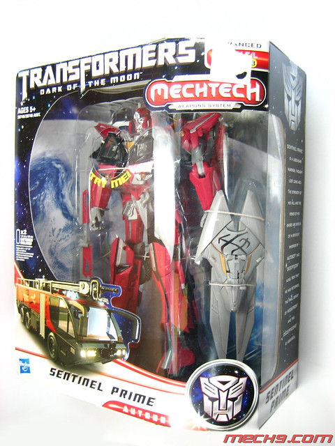 Leader Class Sentinel Prime : Box Shots