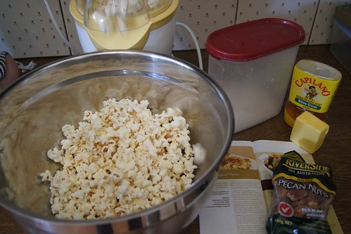 How To Make Caramel Popcorn - air pop