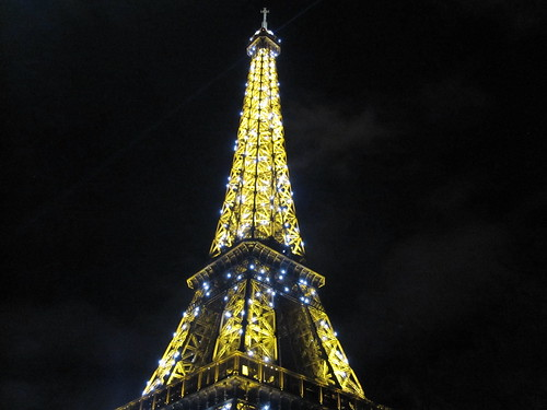 Eiffel Tower New Years Eve 2012