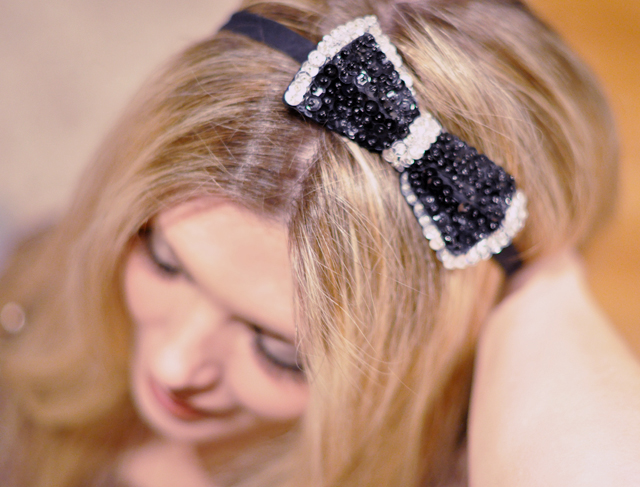 New Years Photos- sequined hair bow