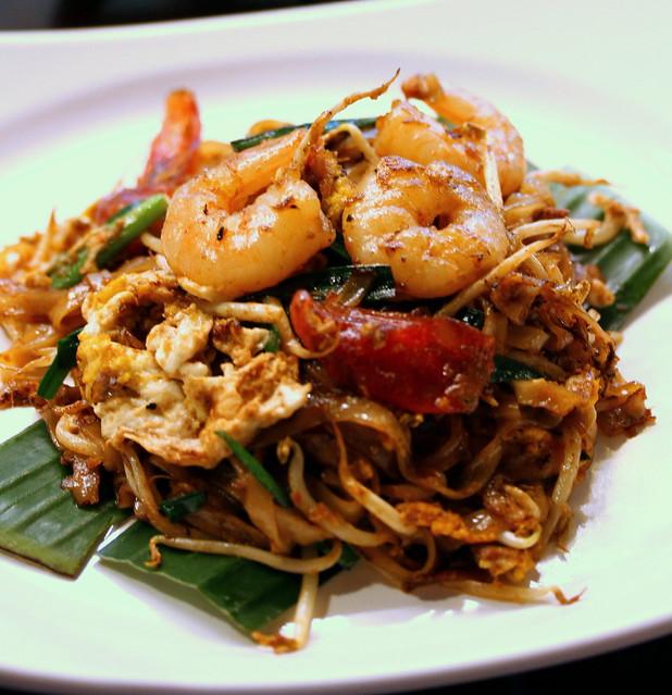 Malaysian Food Street: Penang Lim Brothers' Char Kway Teow