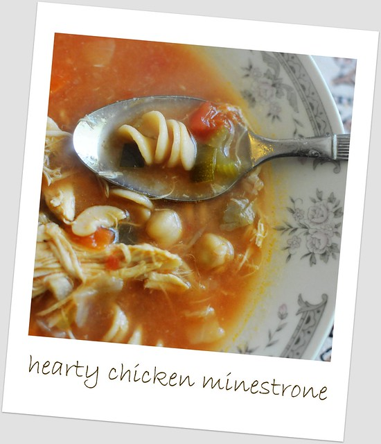 hearty chicken minestrone
