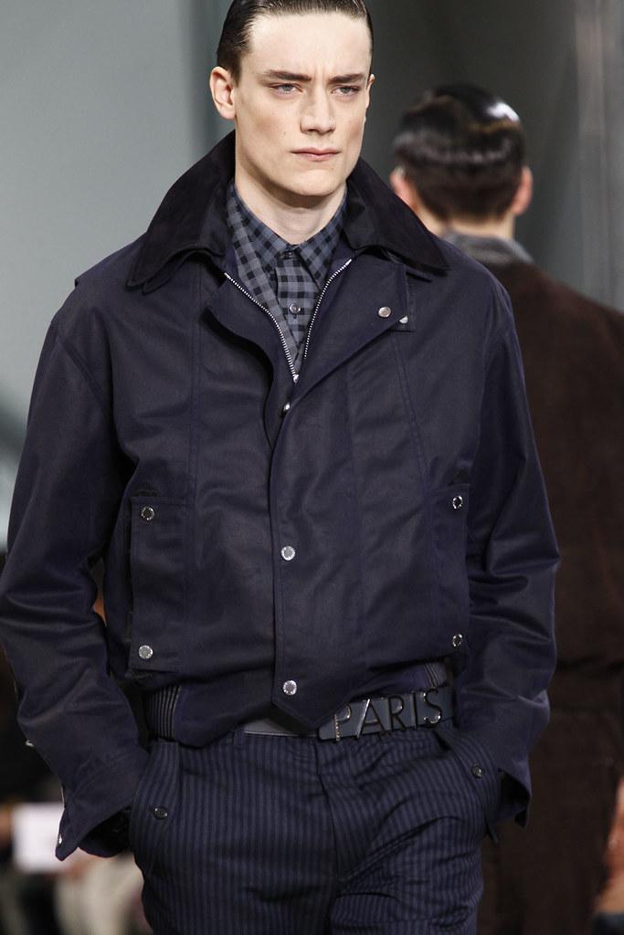 FW12 Paris Louis Vuitton064_Thomas Bukovatz(VOGUE)