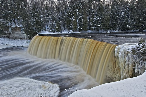 upper tahquamenon falls, michigan
