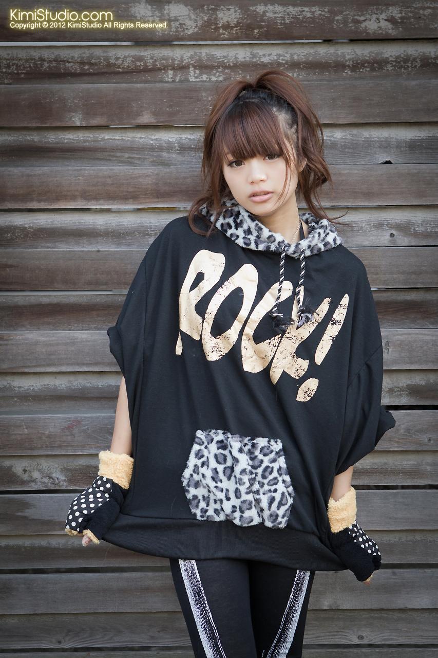 2012.01.03 shorty-056