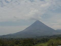 plain(0.0), plateau(0.0), fell(0.0), prairie(1.0), cloud(1.0), mountain(1.0), spoil tip(1.0), volcano(1.0), nature(1.0), hill(1.0), highland(1.0), ridge(1.0), shield volcano(1.0), stratovolcano(1.0), mountainous landforms(1.0), volcanic landform(1.0),