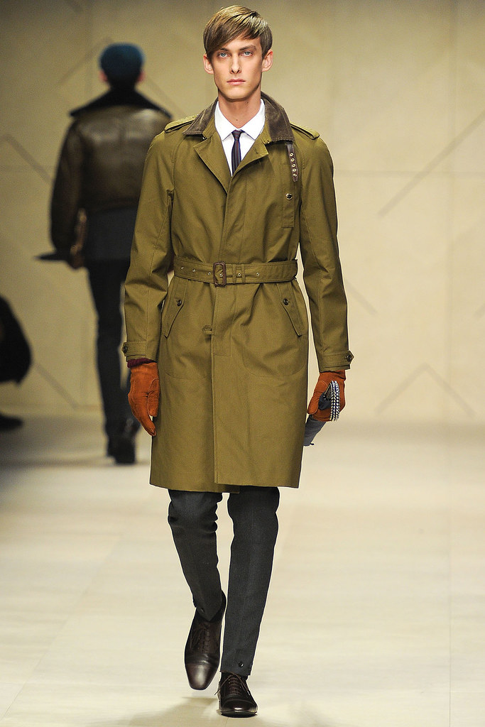 Elias Cafmeyer3044_FW12 Milan Burberry Prorsum(VOGUE)