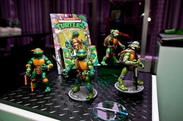 Toy fair 2012 nickelodeon quot teenage mutant ninja turtles quot peek
