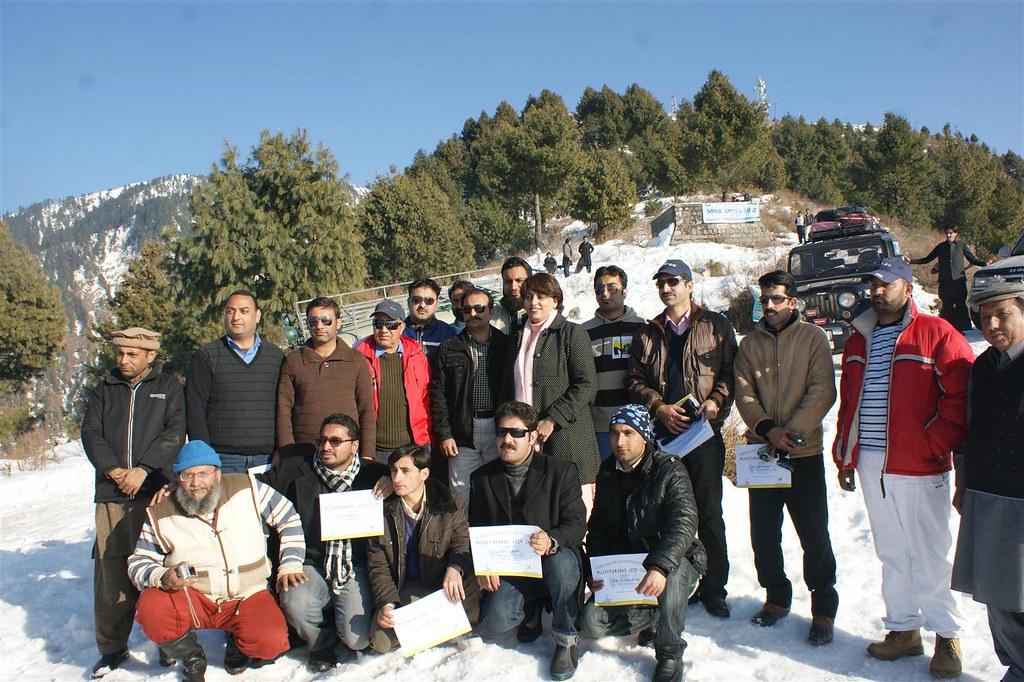 Muzaffarabad Jeep Club Snow Cross 2012 - 6830743029 36d2628e99 b