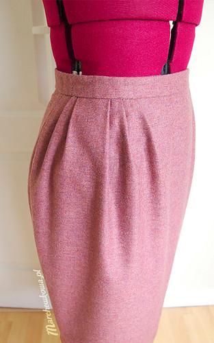 Skirt, Burda 2/1958, szycie, krawiectwo, blog szafiarsko-krawiecki, spódnica, asymetryczna, zakładki, flanela wełniana