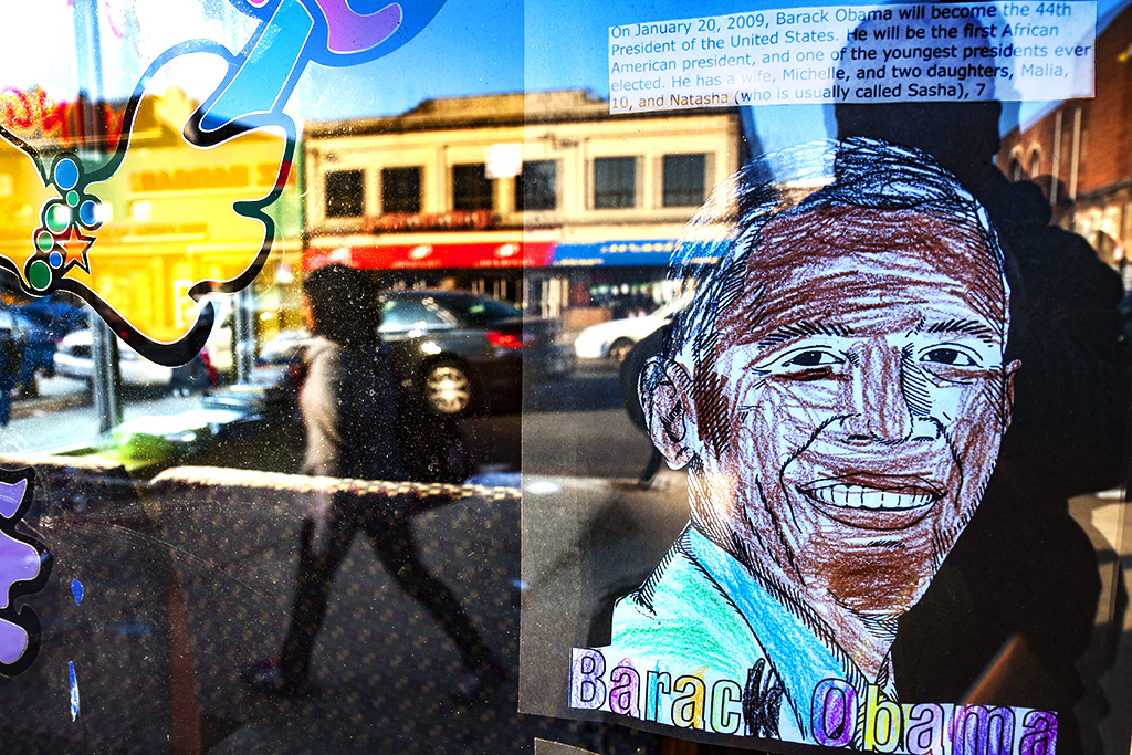 Obama-in-daycare-window-on-2-7-12--North-Philadelphia