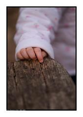 Petite main...