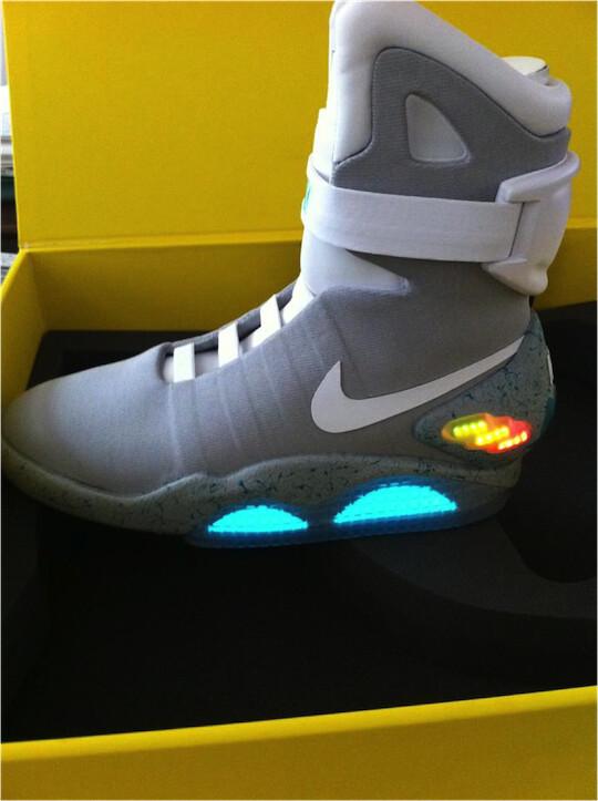 scarpe a led nike