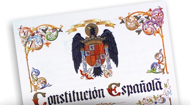 Resultado de imagen de cumple la constitucion