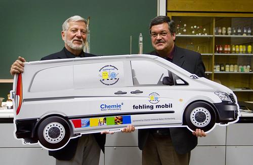 fehling-mobil: Mit Unterstützung der chemischen Industrie geht das Mitmachlabor auf die Straße