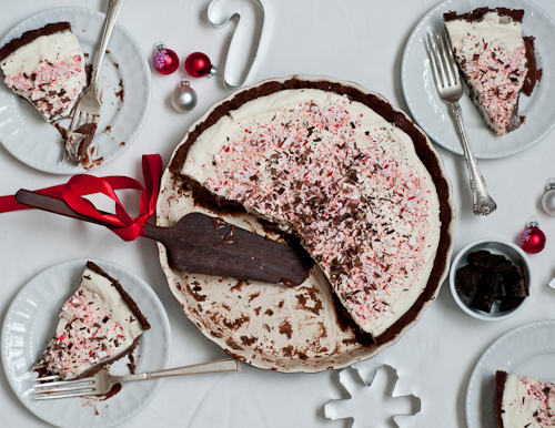 Creamy Peppermint Bark Tart from Makes and Takes