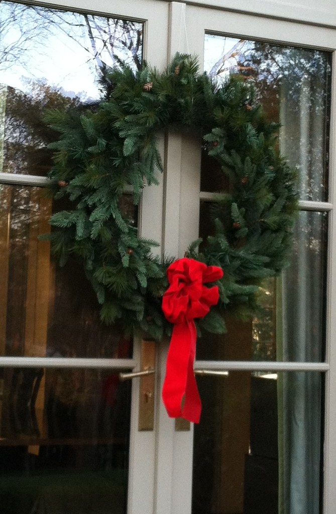 A Few Weeks Ago, I Went Out And Purchased 5 Artificial Wreaths (edit: Got  Them At Heeney And Company   They Are Really Beautiful, They Look Real.