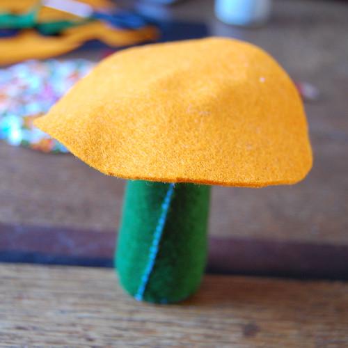 Felt mushroom 12