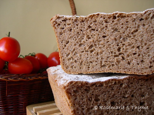 DSCN8581 - Russian rye bread cut loaf