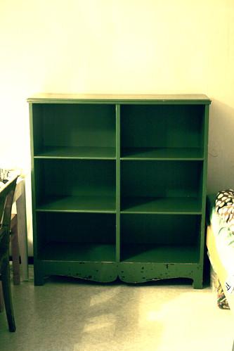 Old green shelf