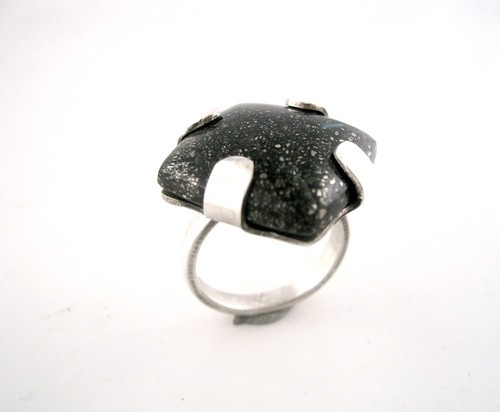 Tab Ring