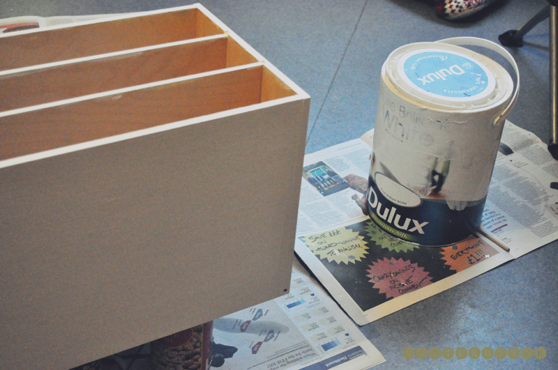 decorating makeup storage painted white 02