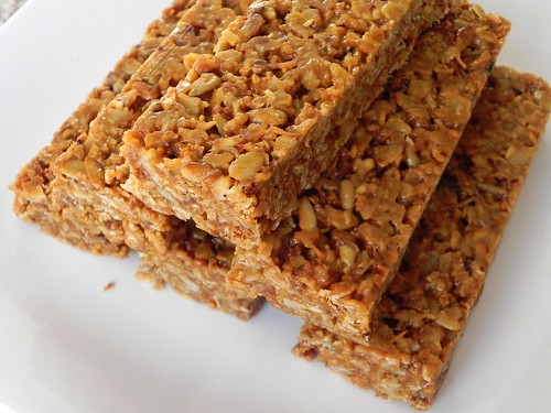 World's Best No-Bake Chewy Granola Bars