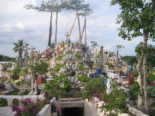 Cementerio Maya