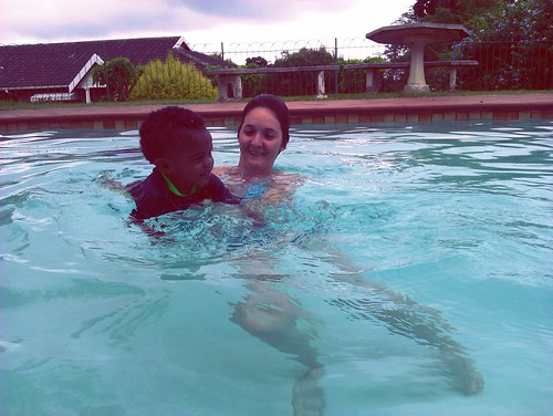 Thanda Swimming