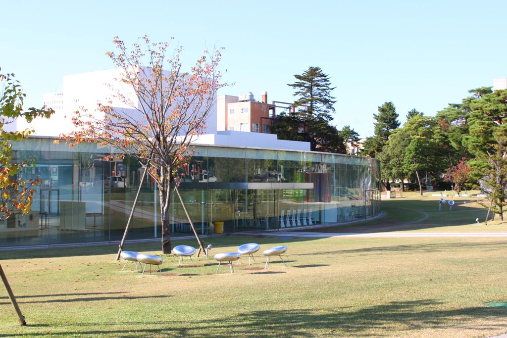 21st Century Museum of Contemporary Art, Kanazawa (1)
