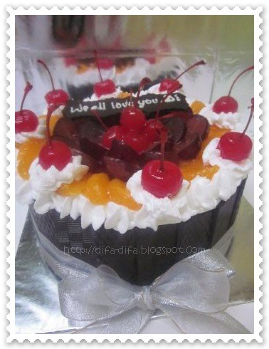 Fruitcake for Dwi by DiFa Cakes